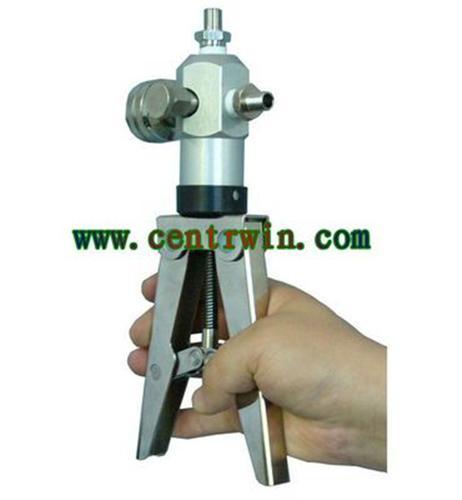 结构与工作原理               手操压力泵是有手柄,活